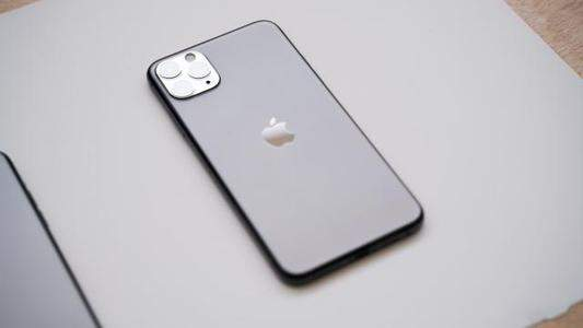 iphone11防水到什么程度:浸泡8个月后仍可正常运行!
