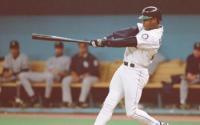棒球中没有比小肯格里菲更甜蜜的挥杆动作了