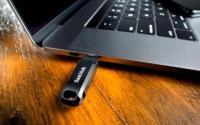 此次20美元的U盘促销将为标准USB计算机增加128GB的存储空间