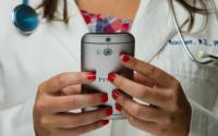 AT&T为医生和护士提供三个月的免费电话服务